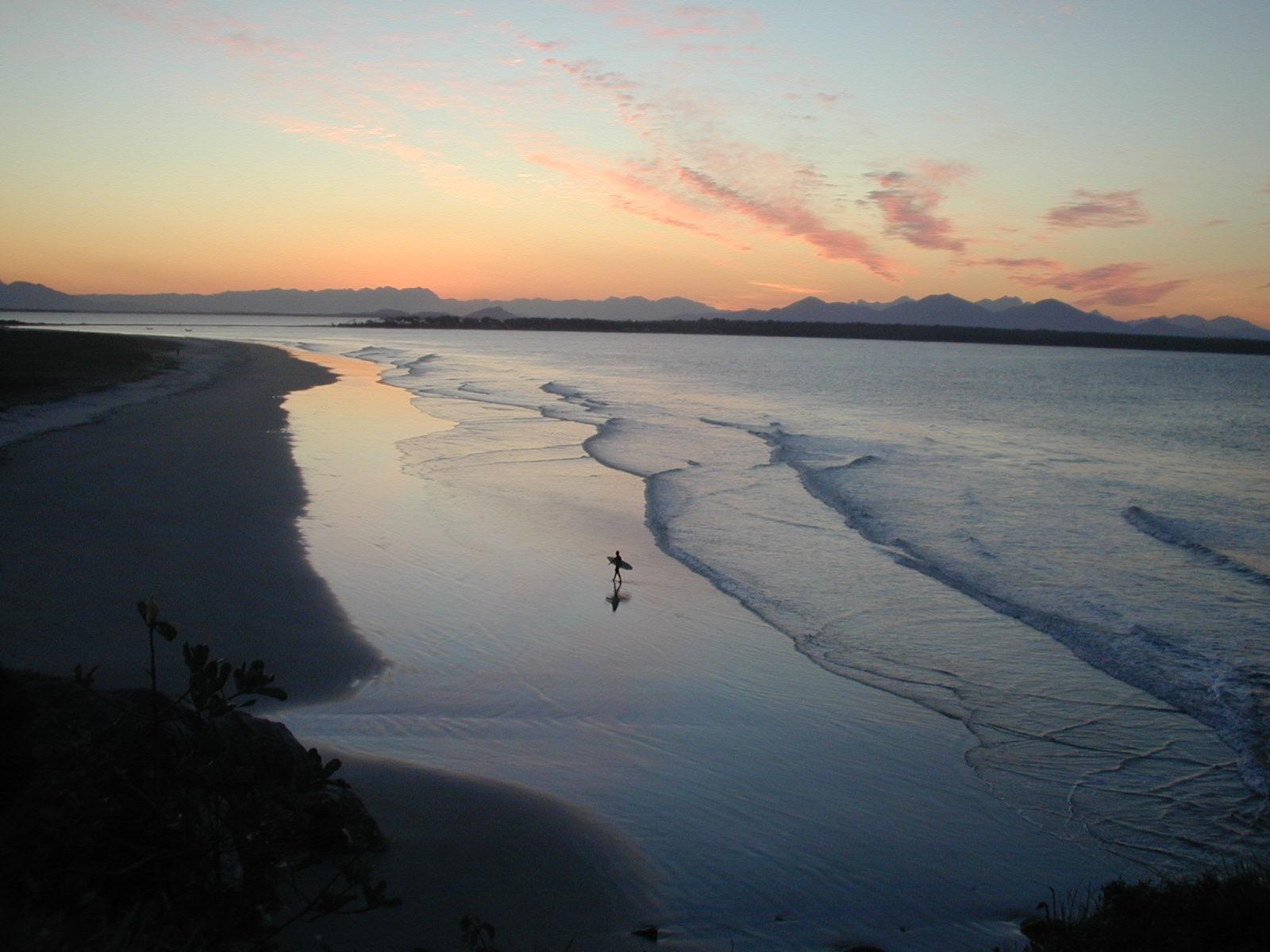 P�r-do-sol vista do Farol - Ilha do Mel - PR